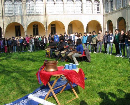 """Marzo 2014 cortile Museo diocesano – """"i tamburi di Mantova"""""""